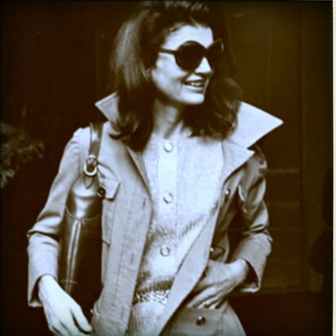 Jacqueline-Kennedy-de-60986039-polasq.jpg
